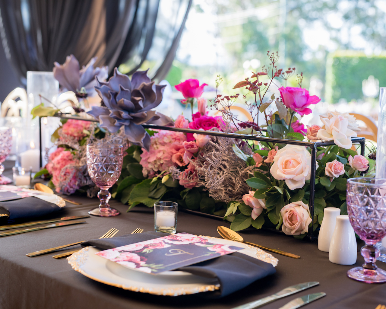 love, hope, flowers, lhflowers, wedding flowers, flowers, Sydney, Sydney florist, table centrepiece, private function, sweet 16th birthday, glenorie, pink hydrangeas, stylist, table centrepiece, dinner party