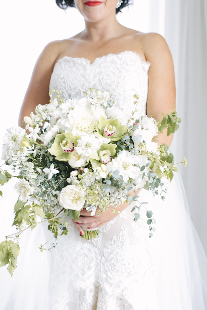 love, hope, flowers, lhflowers, wedding flowers, flowers, Sydney, Sydney florist, brides, bouquet, white, green, flowers, natural, bouquet, wedding, bouquet, eucalyptus, foliage, orchids, watsons, bay, hotel,