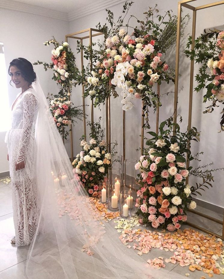 love, hope, flowers, lhflowers, wedding flowers, flowers, Sydney, Sydney florist, house, wedding, flowers, white, lace, gold, stands, apricot, roses, pastel, flowers, white, vail, white, lace, wedding, dress, orchids,